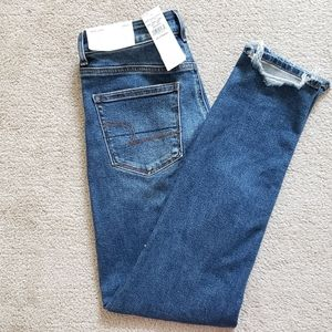 American Eagle High Waisted Stretch Mom Jeans
